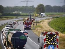 Auto belandt in maïsveld naast A73, slachtoffer zwaargewond