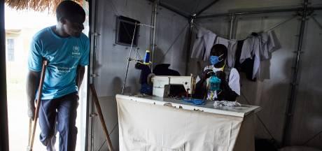 Bevolking in armere landen pas in 2024 volledig ingeënt: 'Eerder gaat corona niet weg'