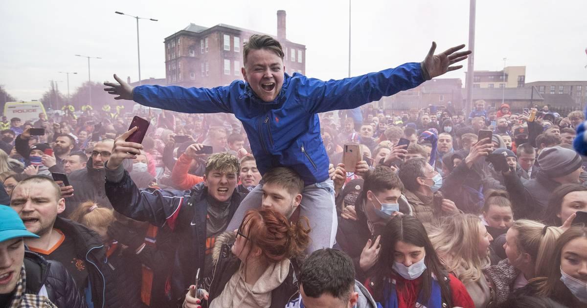 Les Rangers proches d'un premier titre depuis 2011, rassemblement polémique de supporters - 7sur7