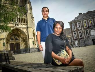 """Mama Sophie en broer Emile, de superfans van Cyriel Dessers: """"Wij dachten dat hij jurist zou worden"""""""