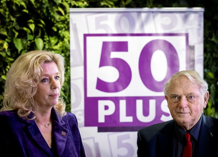 Liane den Haan, de inmiddels opgestapte lijsttrekker van 50PLUS samen met partijvoorzitter Jan Nagel.  Beeld ANP