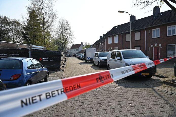 Politielint in de Sparrenweg in Breda, waar politieonderzoek plaatsvindt.