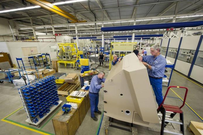 De nieuwe productiehal in Hengelo waarin Norma de machinefabriek van Thales na de overname heeft gehuisvest. archieffoto Emiel Muijderman