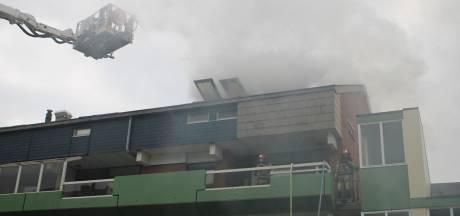 Brand in appartementencomplex Lelystad: meerdere woningen ontruimd