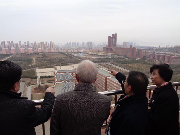 De campus van de universiteit van de stad Yantai in China. Beeld RV