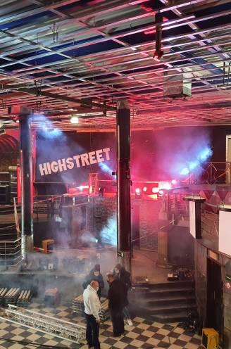 """Nog een laatste keer rondwandelen in Highstreet voor veiling inboedel eindigt: """"Een stukje van deze discotheek in huis halen, dat is pure nostalgie"""""""