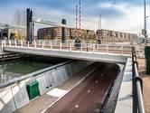 Eindelijk! Fietsers kunnen weer gewoon over de Kanaalweg, nieuwe fietstunnel is open