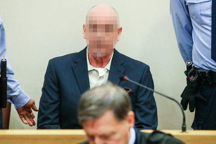 Renaud H. voor het Hof van Assisen in Tongeren.