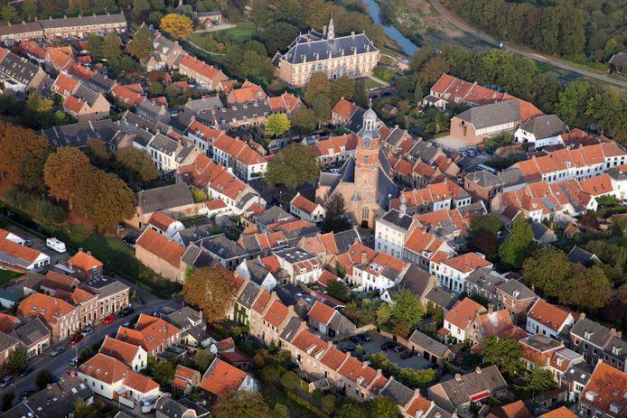 Wat gaat de stad Buren merken van de bezuinigingen en verkoop van erfgoed?