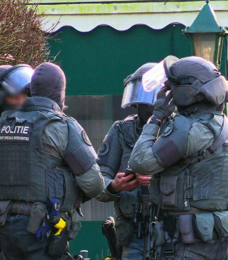 'Doorgedraaide' man dreigt met wapen op camping in Enschede, eigenaar baalt: 'Dit hoort hier niet thuis'