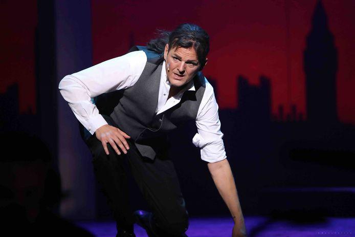 Hoofdrolspeler Reinier Wondergem tijdens de opvoering van de musical Jekyll & Hyde.