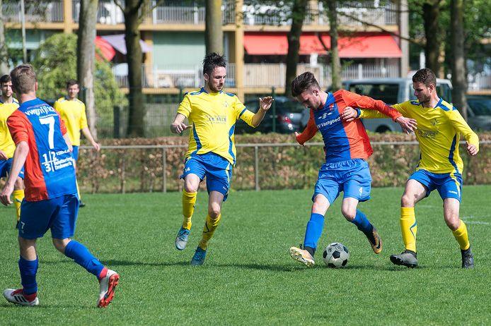 Archiefbeeld: Oranje Blauw - EMM Randwijk