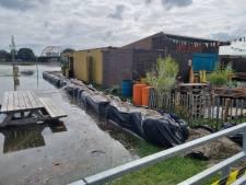 Tegen hoogwater strijdend Meadow in Deventer opent afhaalloket: 'Als ze toch komen kijken...'