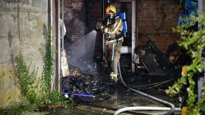 Garage gaat in vlammen op