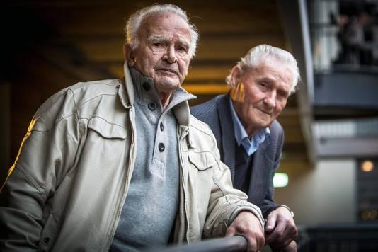 Ben oude Nijhuis met zijn vriend Joop van Rijn.