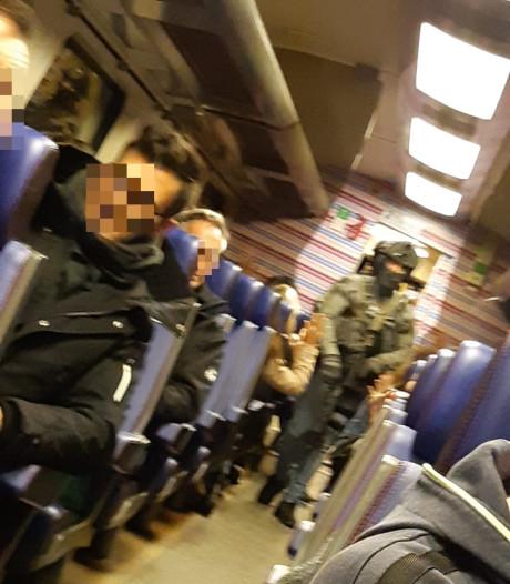 Politie over arrestatie Dordtenaar in volle trein: 'Als we hem thuis konden oppakken, was dat wel gebeurd'