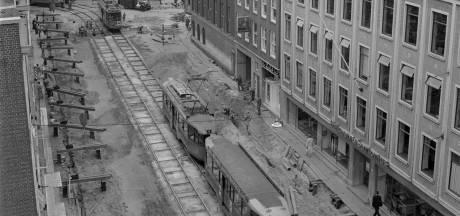 Het was een kabaal alsof het oorlog was toen de tram nog door de Witte de Withstraat denderde