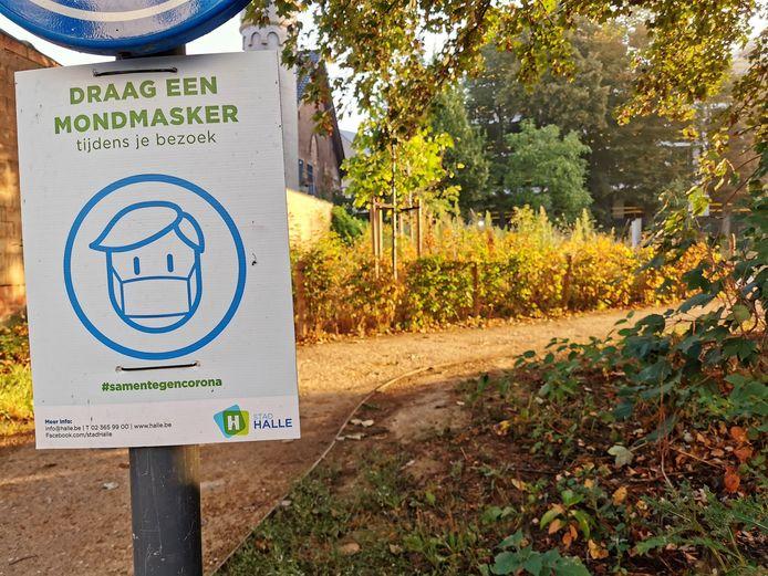 De mondmaskerplicht in Groot-Halle wordt versoepeld.
