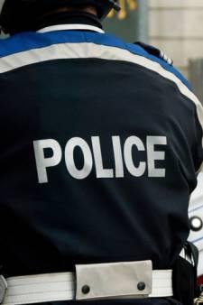 """Appelée pour un cambriolage, la police découvre une """"pièce remplie de billets"""""""