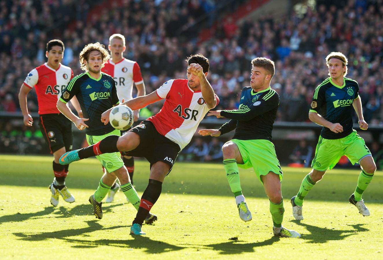 Graziano Pellè was in 2012 een buitenkansje voor Feyenoord. De Italiaanse spits scoorde uiteindelijk 55 keer in 66 duels voor de Rotterdammers.