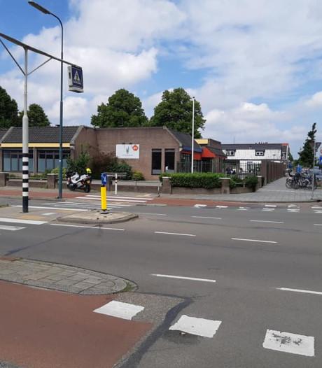 Automobilist gaat ervandoor na aanrijding met 86-jarige vrouw in Veenendaal