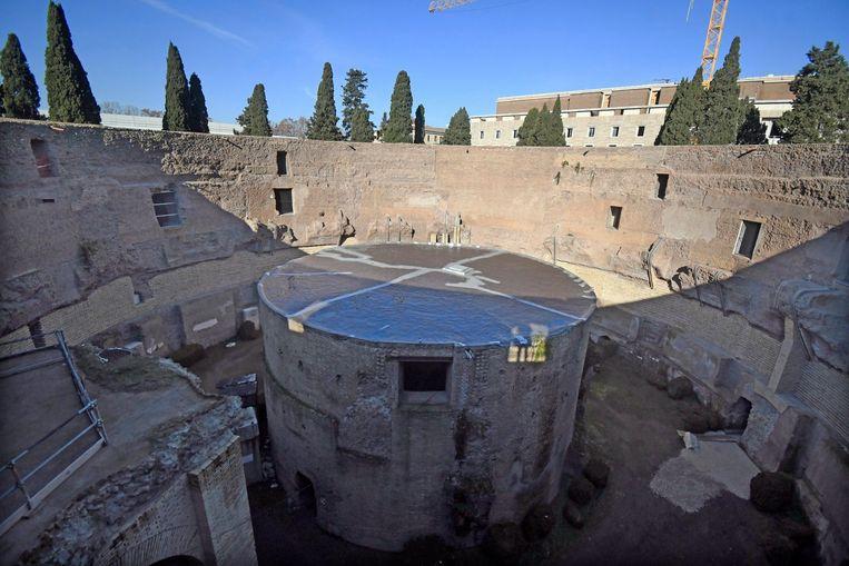Het mausoleum, dat de assen van de Romeinse keizer en zijn familie bevat, kan opnieuw bezocht worden. Beeld © Mimmo Frassineti / AGF/Mimmo F
