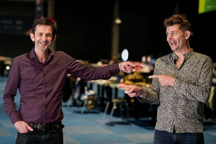 Cornald Maas en Sander Lantinga tijdens de repetities van het Eurovisie Songfestival in 2021.