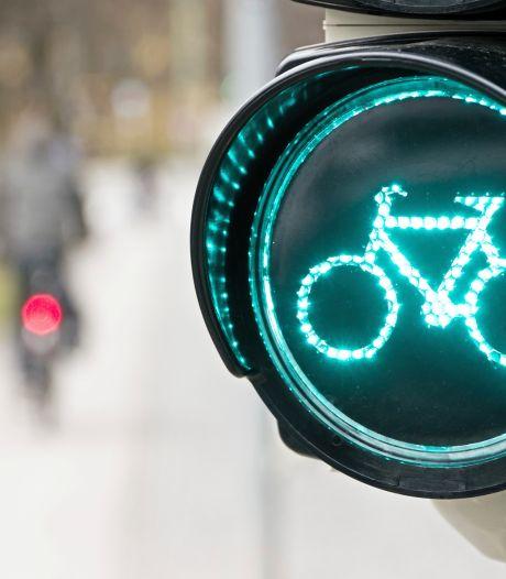 Zorgen bij Bergeijkse fracties over gevaarlijke oversteek nieuwe fietspad Broekhovenseweg