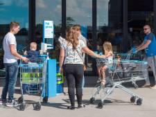 Klanten supermarkt zijn het karretje ontsmetten beu: 'Ik heb thuis al genoeg te poetsen'