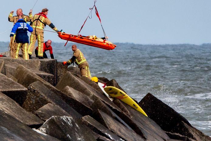 Hulpdiensten haalden dinsdagochtend 12 mei een derde en een vierde lichaam uit het water.