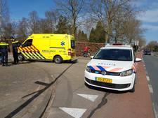 Fietser gewond bij aanrijding met auto in Dieren