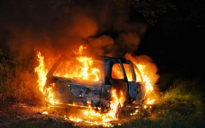 Autobrand. (foto ter illustratie)