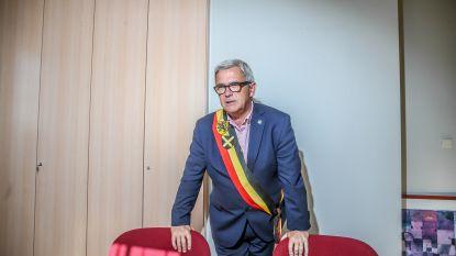 Desselse oppositie wil extra gemeenteraad over Kris Van Dijck