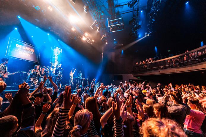 Vooral de karaokeshow in Hedon bracht veel studenten op de been. In totaal namen 3200 studenten deel aan de MBO Bruisdag.