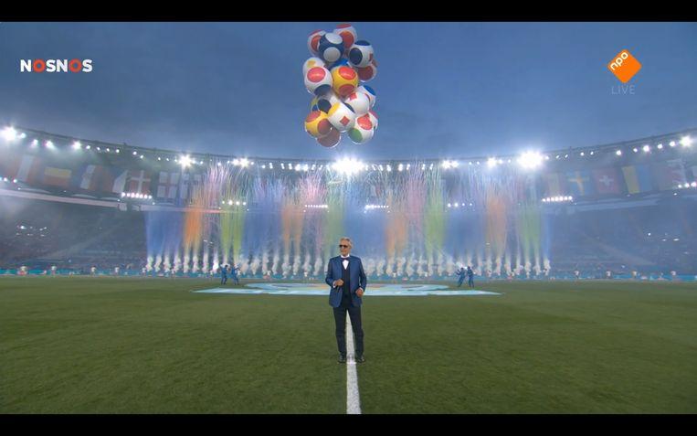Andrea Bocelli tijdens de openingsceremonie van het EK 2020. Beeld