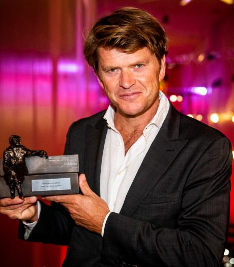 Beau van Erven Dorens neemt Majoor Bosshardtprijs in ontvangst