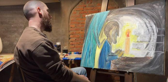 Een screenshot uit de nieuwste videoclip van pastoor Matthias Noë.
