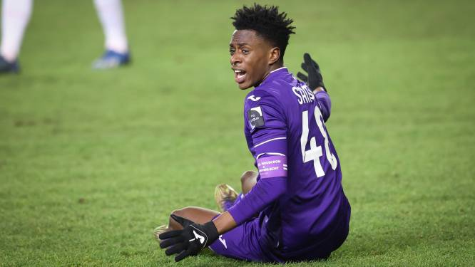 """'Captain Sambi' Lokonga moet Anderlecht meer dan ooit leiden: """"De reeks over Michael Jordan op Netflix heeft me geïnspireerd"""""""