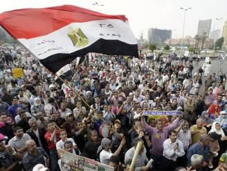 Duizenden betogen in Caïro tegen macht van leger