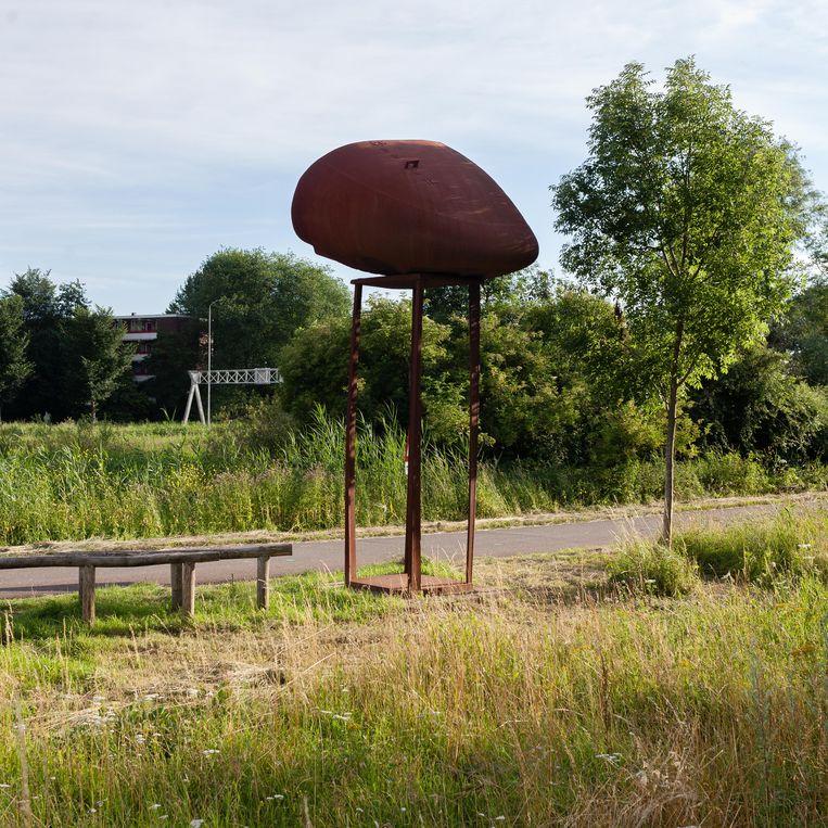 Monumentaal werk van Herbert Nouwens langs het Brettenpad. Beeld Nina Schollaardt