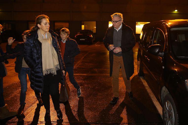 Prinses Claire en prins Laurent brachten op 29 december een bezoek aan Paola. Beeld BELGA