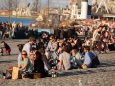 """Les Belges ont-ils pris trop de risques ce week-end? """"Qu'on en profite un peu"""", tempère Steven Van Gucht"""