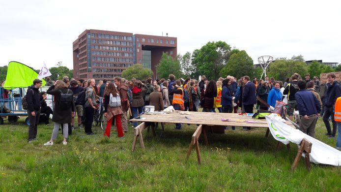 Klimaatmars Wageningen verloopt vreedzaam.