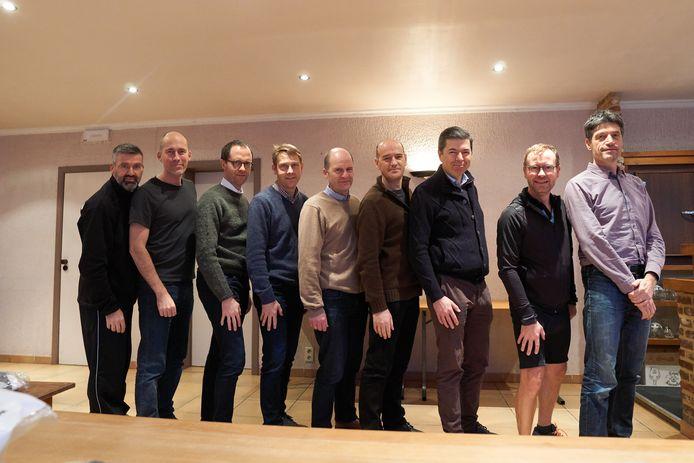 Van links naar rechts: Lode Nachtergaele, Werner Coppye, Danny Lein, Gert Sablon, Koen Callewaert, Wim Verstraeten, Bram Vuylsteke, Maarten Willems, Stefaan Van Gerven. Ontbreken op de foto: Christophe Vermeiren en Joris Verplancke.