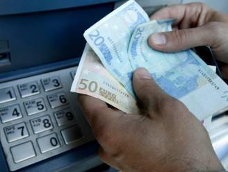 Vakbonden en ngo's werken aan eigen coöperatieve bank
