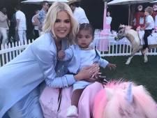 """Khloé Kardashian sous le feu des critiques: """"Oui, je choisis de gâter ma fille"""""""