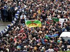 Des milliers de manifestants dans les rues d'Alger pour le second anniversaire du Hirak