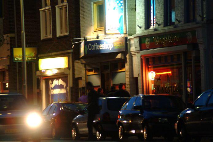 De vroegere coffeeshops in de Hoogstraat in Roosendaal.