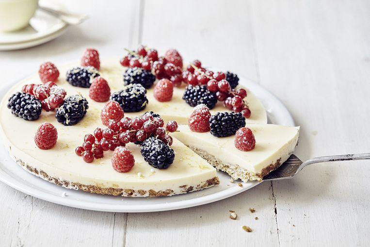 Cheesecake met havermoutbodem en rood fruit