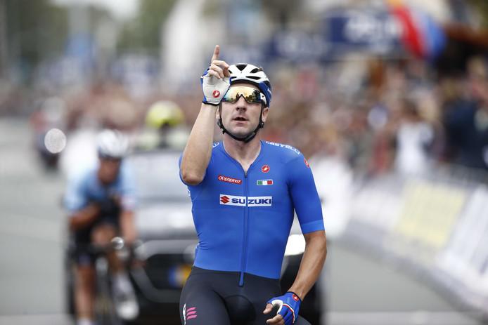 Elia Viviani wint het EK.